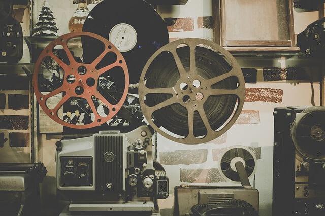 Rolka z taśmą filmową w projektorni