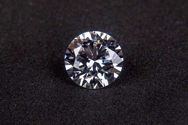 Piękny diament do drogiej biżuterii