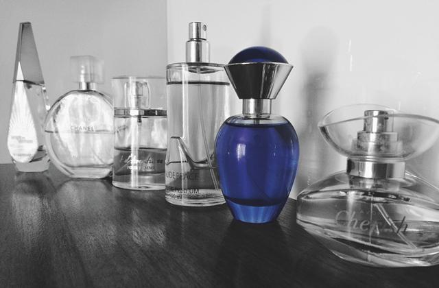 Buelki z perfumami