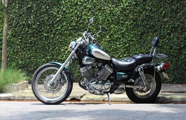 Motocykl chopper yamaha