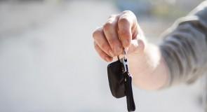 Handel samochodami używanymi – co trzeba wiedzieć i czy się opłaca?