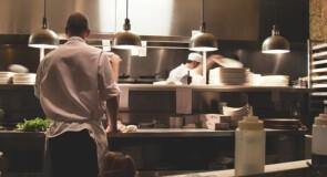 Chemia dla gastronomii a zwykłe środki czystości. Czym się różnią?